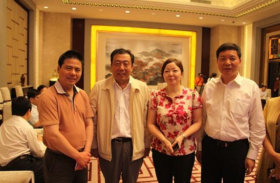 蒋锡培出席海南省政府与江苏省知名企业投资合作交流会