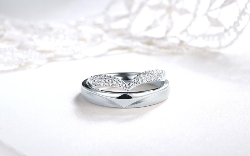"""钻石小鸟""""幸福三指环""""环环相扣 让真爱三位一体"""