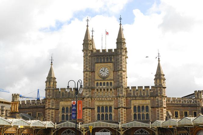 英国学历含金量最高的两个大学,居然没有剑桥?