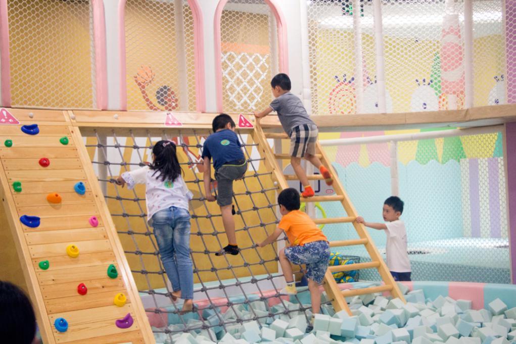 儿童乐园行业喜忧参半 百思腾棒棒堂多元化破局