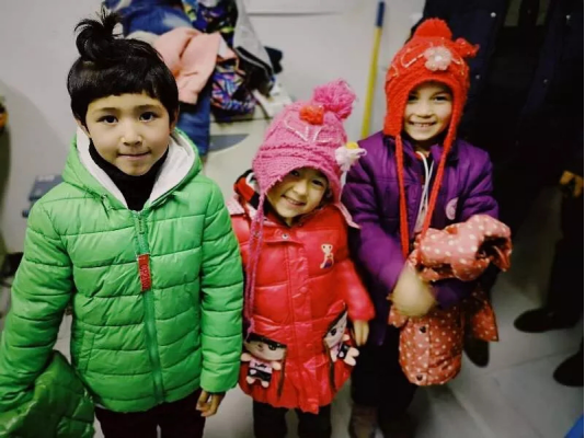 """货拉拉开展旧衣物捐赠活动 """"让爱循环""""温暖十二月"""