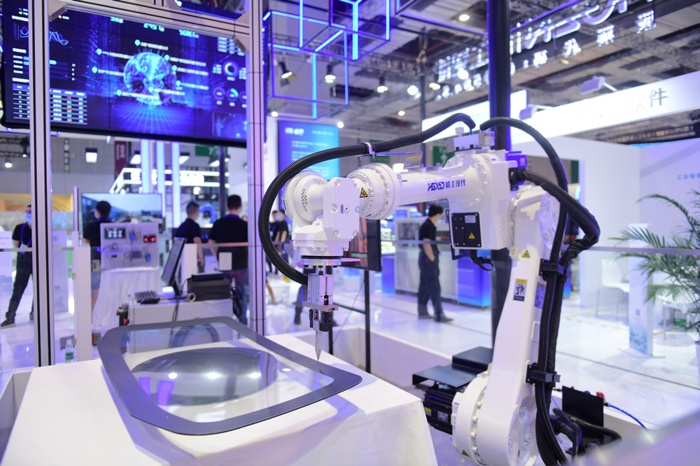 哈工现代携机器人工作站亮相工博会,拓展应用赋能机器人国产化进程